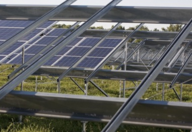 Metal structures for solar panels